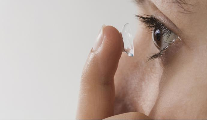 Consejos chachis si usas lentillas